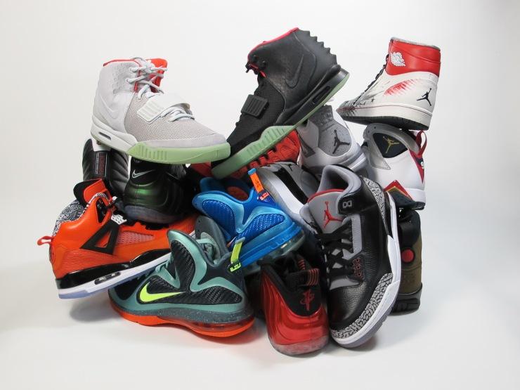 Main Sneaker pile